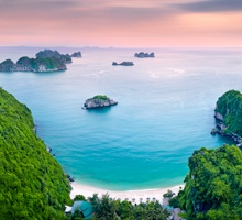 AS79-Cat Ba coastline, Halong bay, Vietnam